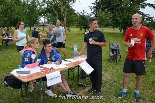 jogging scouts064