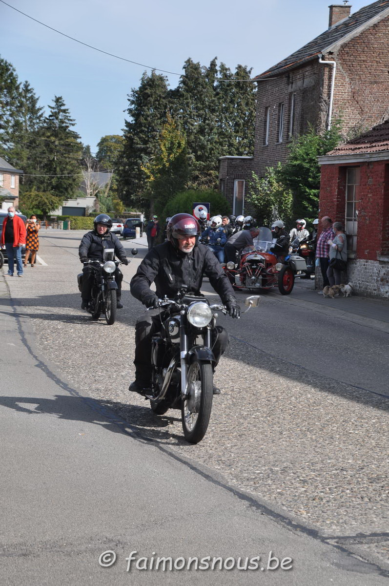 unemainalautre-chili-moto066